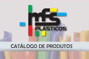 Perfil plástico para gôndolas